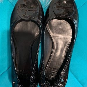 Tory Burch Reva Black Patent Leather Flats